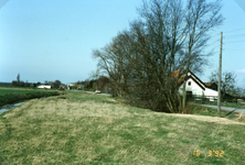 TI_RIETDIJK_010 Rietdijk tijdens de verbetering en verbreding. Rechts het huis van Rein Smit; 1992