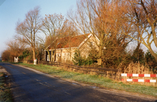 TI_RIETDIJK_012 Rietdijk na de verbreding van de rijbaan, rechts de woning van de fam. Nagelhout; 1994