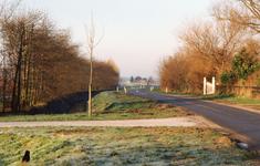 TI_RIETDIJK_015 Rietdijk na de verbreding van de weg en rijbaan; 1994