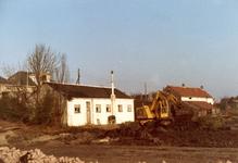 VP_ACHTERDIJK_007 Achterzijde van het clubhuis De Groene Hut en de woning van de fam. Poldervaart. Op de dijk het ...