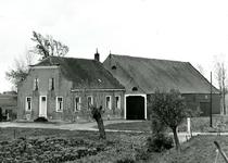 VP_ACHTERDIJK_024 Boerderij langs de Achterdijk; 1966