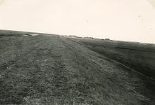 ZL_DIJKVERSTERKING_18 Kijkje op de Zeedijk, richting de Ruigendijk; 1957