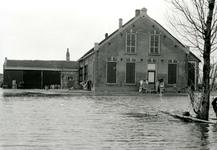 ZL_WATERSNOODRAMP_046 De boerderij Bouwlust van M. Blaak; Februari 1953