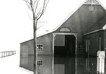 ZL_WATERSNOODRAMP_053 Boerderij van B. Blaak in het water; 1 februari 1953