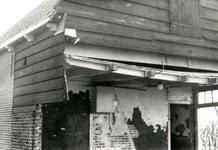 ZL_WATERSNOODRAMP_071 Schade aan een arbeiderswoning naast de boerderij Bouwlust van M. Blaak; Februari 1953