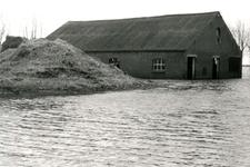 ZL_WATERSNOODRAMP_093 Boerderij van M. Blaak in het water; 1 februari 1953