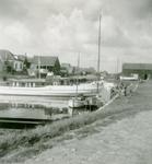 ZW_HAVENKADE_039 Zwartewaal; De haven van Zwartewaal, September 1957