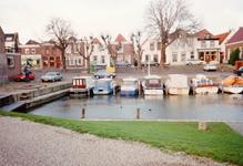 ZW_HAVENKADE_042 Zwartewaal; De haven van Zwartewaal en de Havenkade, 1 januari 1991