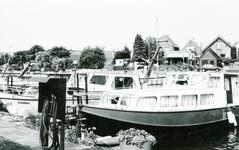 ZW_HAVENKADE_044 Zwartewaal; De haven van Zwartewaal, 1994