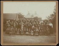 FOTO_GF_B008 Groepsfoto van de kinderen van de Zondagschool Thimotheus in Geervliet; 1907