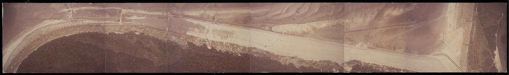 FOTO_HARDBOARD_015 Satellietfoto van de duinen van Voorne bij het Strandweg; ca. 1980