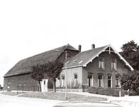 NLL011 Boerderij (vanaf 1919) van Hadde Boender (1883-1973), zoon van Frans Boender en Neeltje Kome, en Adriaantje ...