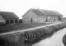 NLL046 De boerderij van Arie Peters en Neeltje Arentje Nieuwland
