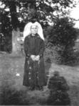 NLP013 Neeltje Nieuwland (1872-1936), dochter van Pieter Nieuwland en Arentje Looij.Neeltje Nieuwland bleef tot haar ...