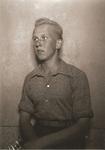 BRAVENBOER_0229 Portret van J.G. Soldaat (geb. 23-04-1922 Middelharnis en ovl. 26-01-1989 te Hoogvliet (Rotterdam)); ca. 1941