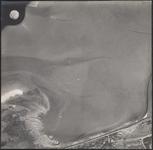 LUCHTFOTO_VOORNE_001 Het Oostvoornse meer en de Brielse Maasdam. Met de Boulevard en een hoekje Noordweg; ca. 1963