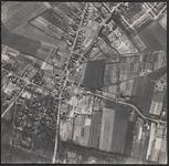LUCHTFOTO_VOORNE_005D Oostvoorne; Een stuk van het Overbos, met de Polderslaan, de Parklaan, de Zandweg en de ...