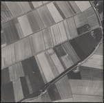 LUCHTFOTO_VOORNE_028D De Molendijk, de Achterweg en de Nieuw Rockanjesedijk; ca. 1963