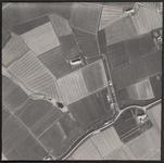 LUCHTFOTO_VOORNE_029B De Moordijkseweg en de Strypsedijk; ca. 1963