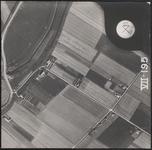 LUCHTFOTO_VOORNE_032B Langs de Rijksstraatweg Gemaal De Klomp, langs de Middelweg de boerderij Esterenburgh; ca. 1963