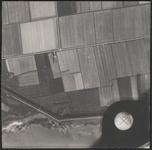 LUCHTFOTO_VOORNE_046D De Zuiddijk en de Groeneweg; ca. 1963