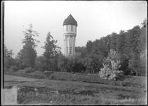 GN2028 De watertoren; ca. 1925