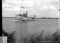 GN2066 De Veerboot Den Briel II op de Brielse Maas; ca. 1920