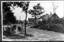 GN2367 Kijkje op de Zandweg; ca. 1925