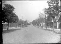 GN2474 Kijkje in de Dorpsstraat; ca. 1925
