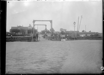 GN5050 de brug bij de Vlotbrug; ca. 1920