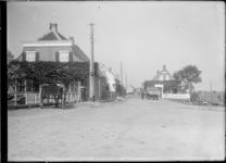 GN5086 Café Kruik bij de Vlotbrug; ca. 1920