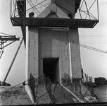 C1670 De bouwput van het sluizencomplex voor de Haringvlietdam; 3 juni 1960