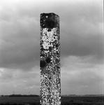 C1955 Grenspaal aan de Boomweg; mei 1997