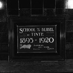 C1966 Gedenksteen in de Christelijke School in Tinte; ca. 1995