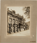 1b81 Het Snouck van Loosenhuis versierd ter gelegenheid van de geboorte van Prinses Juliana, 1909, 30 april