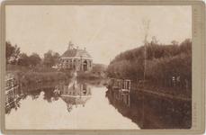 foto-30200 Westeinde met Koepoort te Enkhuizen omstreeks 1900, 1900