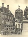 foto-7521 Ambtswoning van de burgemeester met bescherming van zandzakken. Mei 1940, 1940