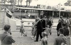 foto-3431 Koningin Juliana brengt bezoek aan Hoorn, 1948, 8 september