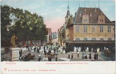 foto-27094 Hoorn : Roodensteen met standbeeld van Jan Pietersz Coen, 1906