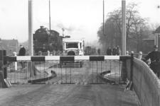 12601 Deventer - Waterwegen - IJssel (Spoorbrug)In de jaren dertig ontstonden wachtrijen als de spoorbrug werd met een ...