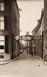 21595 Deventer - 1937 - 7 januariStraatversiering t.g.v. het huwelijk van Prinses Juliana en Prins Bernhard. Menstraat, ...