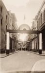 21597 Deventer - 1937 - 7 januariStraatversiering t.g.v. het huwelijk van Prinses Juliana en Prins Bernhard. Polstraat ...