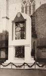 21601 Deventer - 1937 - januariZuil met de portretten van Prinses Juliana en Prins Bernhard, opgericht vóór de ...