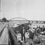 4911 Deventer - Persfotograaf D.W. Nijland: Historische zijlschip Rival aan de Wellekade.