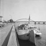 4914 Deventer - Persfotograaf D.W. Nijland: Historische zijlschip Rival aan de Wellekade.