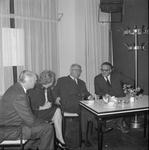 4941 Deventer - Persfotograaf D.W. Nijland: Afscheidsreceptie van de hr. Johan Winkler(1898-1986), hoofdredacteur bij ...