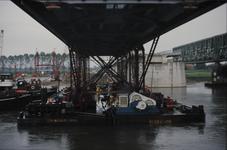 3536 Deventer - SpoorbrugInvaren en plaatsen van de nieuwe spoorbrug naast de Catherine Millerbrug.