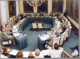 F004782 Installatie gemeenteraad 1990-1994. 1. R. de Boer (GPV), 2. J. Kattenberg (SGP), 3. W. Hartman (RPF), 4. A. Hup ...