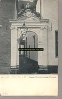 F000834 Poortje van het gebouw van het Linneweversgilde (Groenestraat 160), waarin het Stadswerkhuis was gevestigd ...