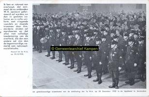 F003280 Bijeenkomst van de ontbinding der 1e W.A. op 26 dec 1935 in de Apollohal te Amsterdam. De W.A. ...